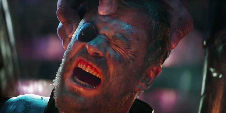 Thanos Grabbing THOR from head