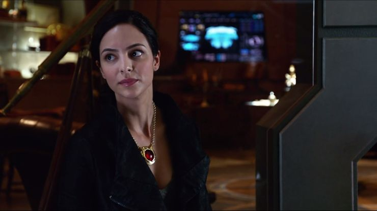 Legends of Tomorrow: Em defesa da nova Zari Tarazi 3