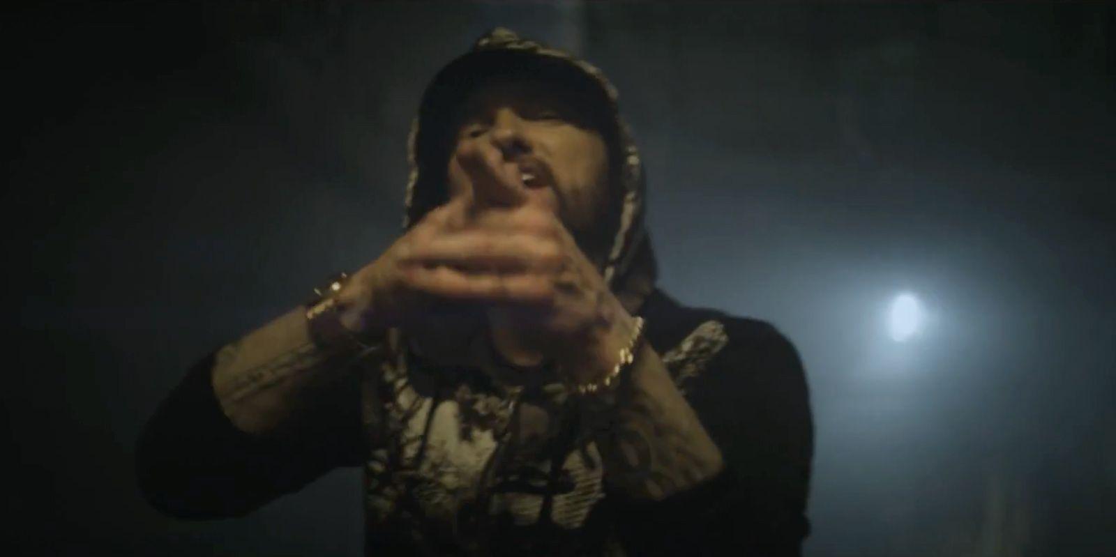 Symbiotes Take Over in Eminem's Venom Music Video | CBR