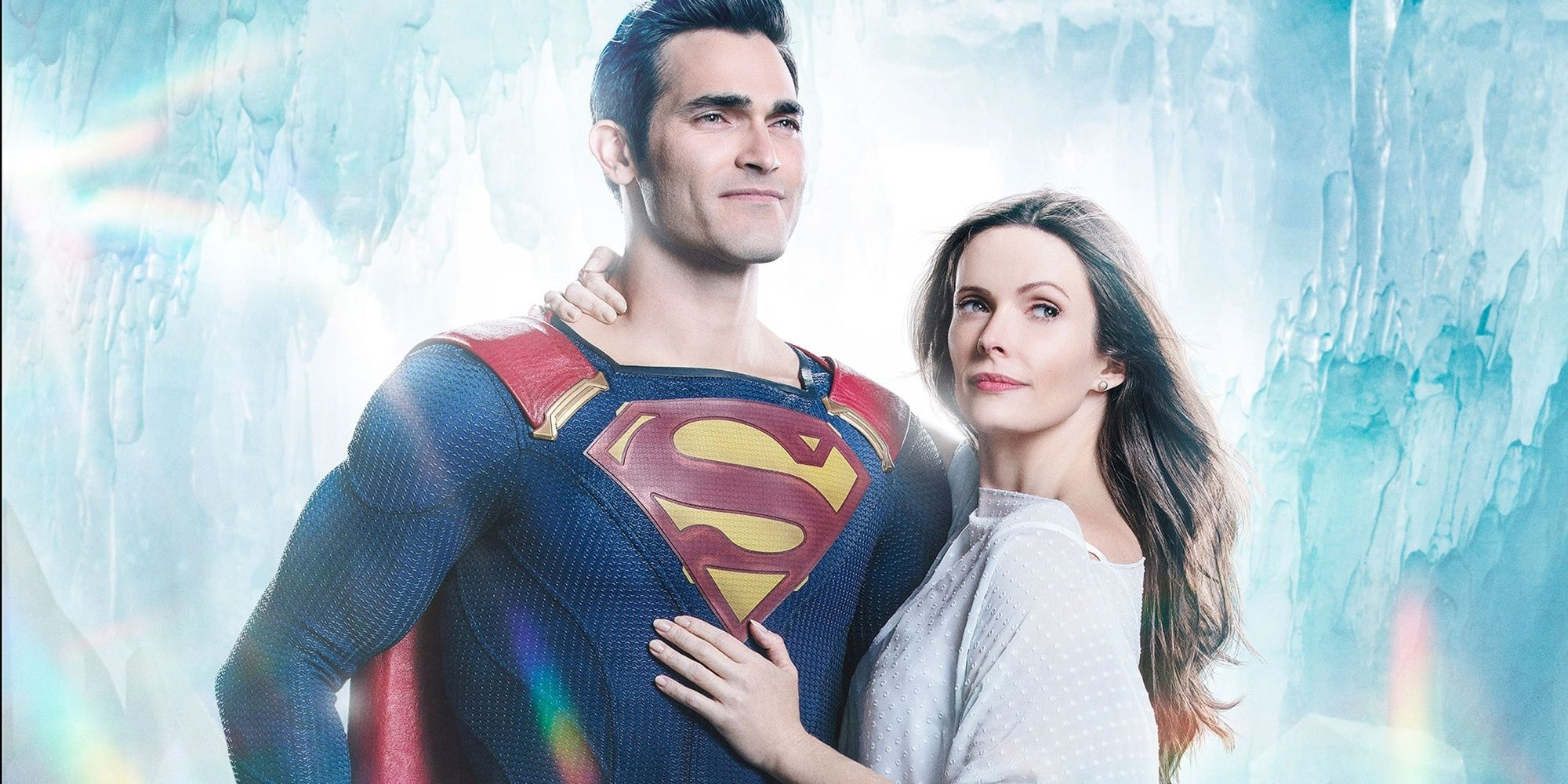 Elseworlds' Lois Lane Actor Shares BTS Photos from the Fortress of Solitude