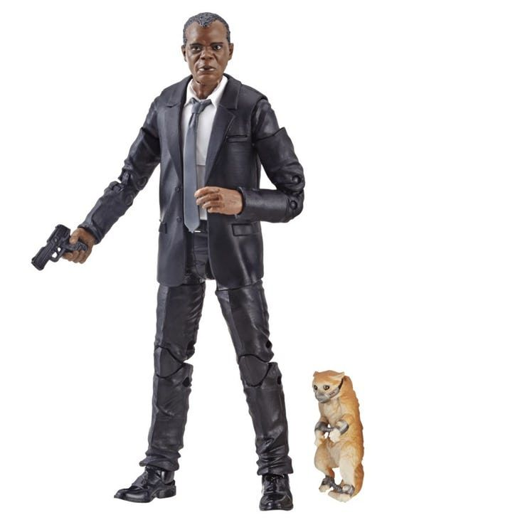 https://static0.cbrimages.com/wordpress/wp-content/uploads/2018/12/Marvel-Legends-figure-Nick-Fury-Goose.jpg?q=50&fit=crop&w=738&dpr=1.5