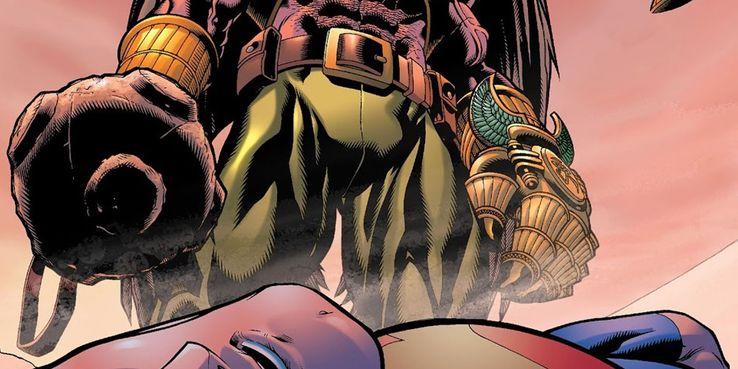 hawkman superman claw of horus - Veinte armas DC que podrían herir o matar a Superman
