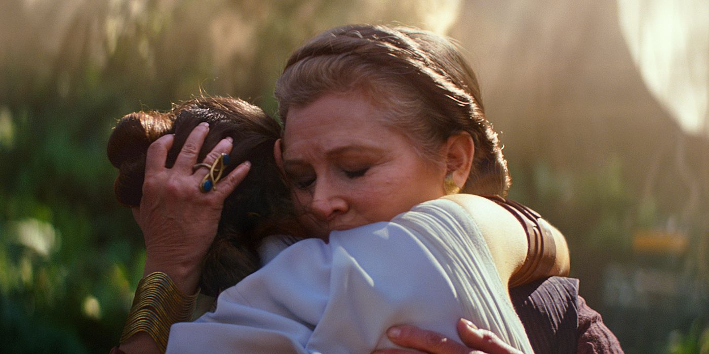 Star Wars: Ridley Reveals What Fisher Said During Rise of Skywalker Hug