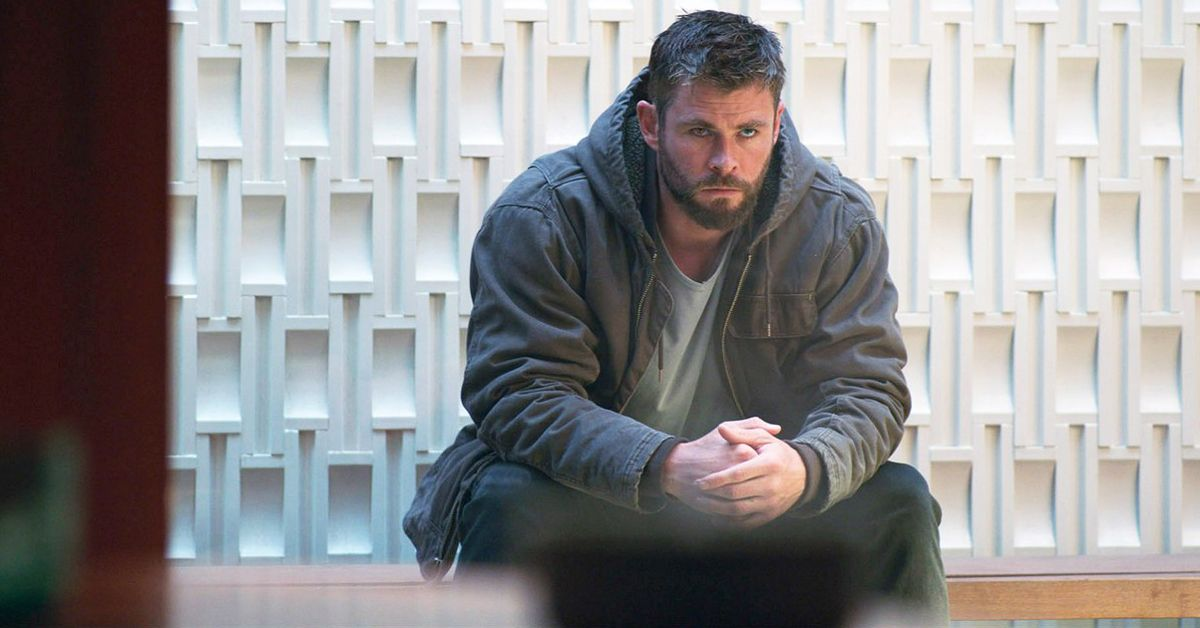Avengers: Endgame BTS Photo Shows a Passed Out Chris Hemsworth