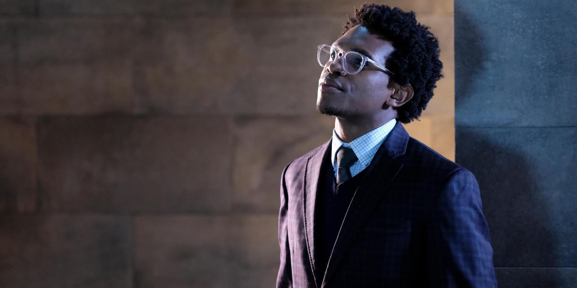 Batwoman Co-Star Camrus Johnson Discusses Playing Luke Fox | CBR