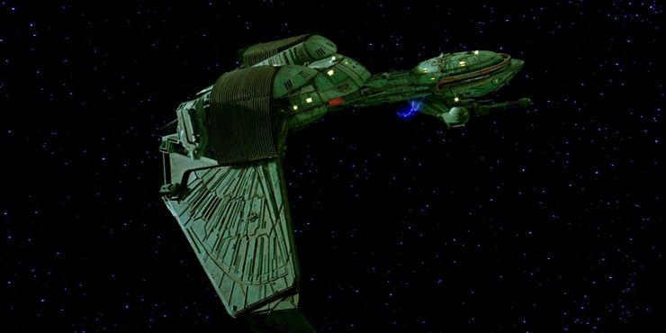 Klingon-Bird-Of-Prey-Cropped.jpg?q=50&fit=crop&w=740&h=370&dpr=1.5
