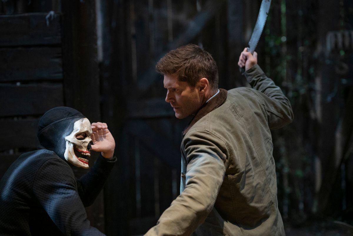"""Supernatural - """"Carry On"""" - Número da imagem: SN1520B_0253r.jpg - Na foto: Jensen Ackles as Dean - Foto: Cristian Cretu / The CW - © 2020 The CW Network, LLC. Todos os direitos reservados."""