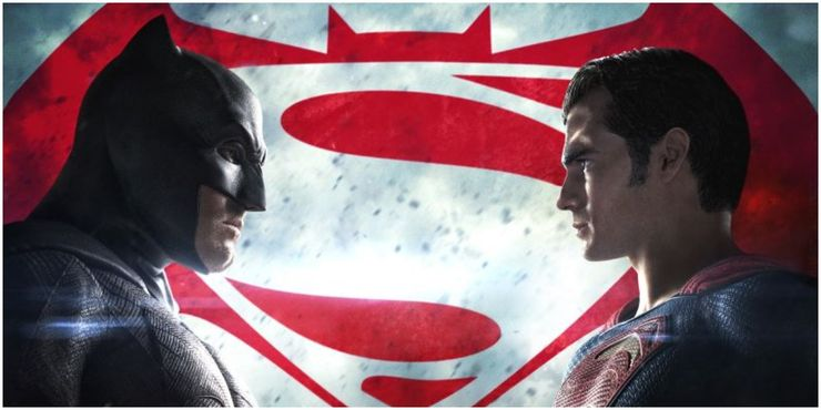 Batman v Superman Dawn of Justice Batman Superman stare down each other - Cuando la bondad y amabilidad de Superman se interpusieron en el camino