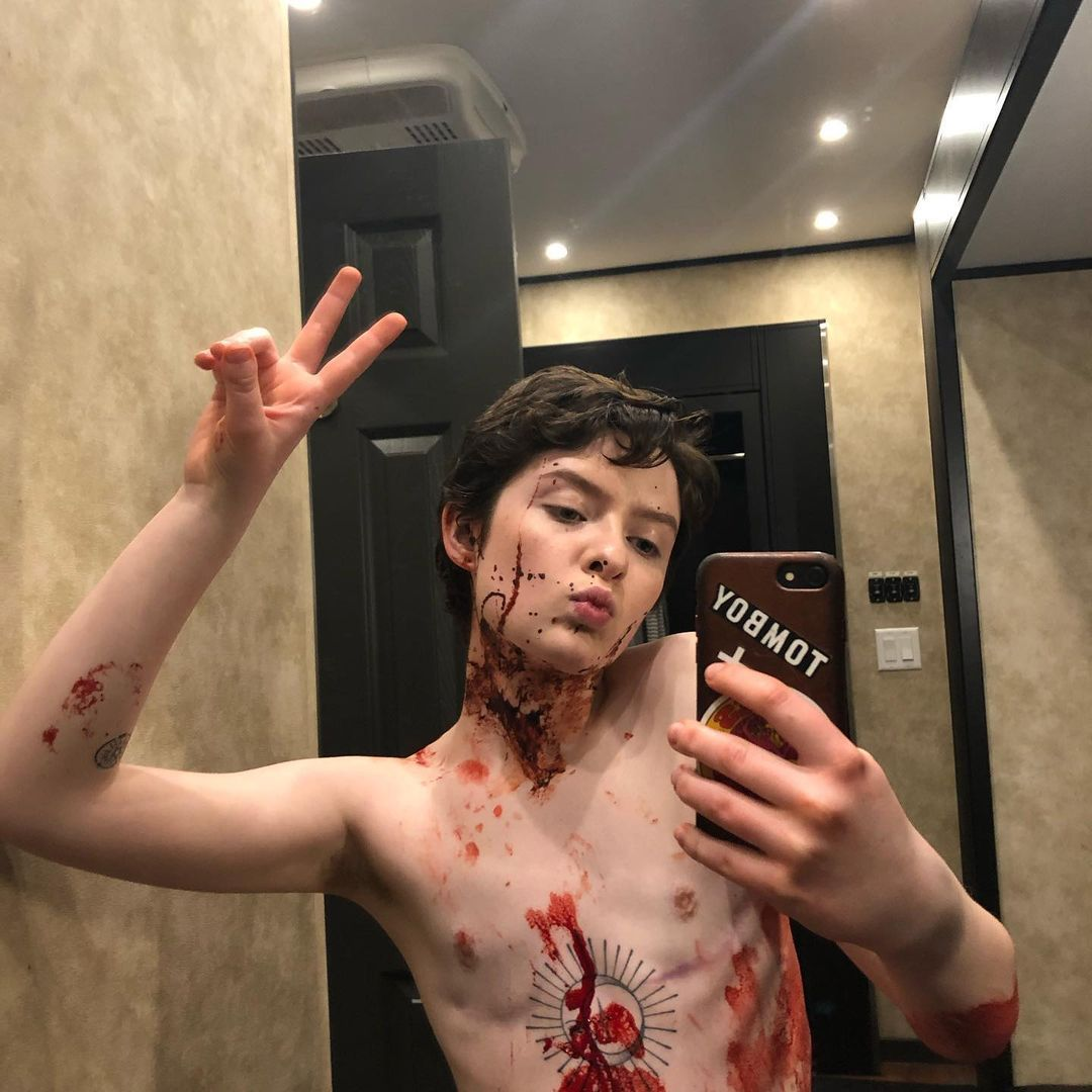 O Mundo Sombrio de Sabrina (The Chilling Adventures) compartilha fotos sangrentas do BTS 2