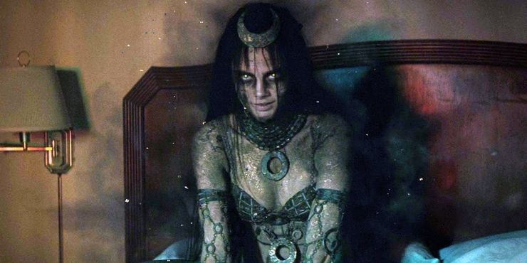 Enchantress in Suicide Squad in DCEU
