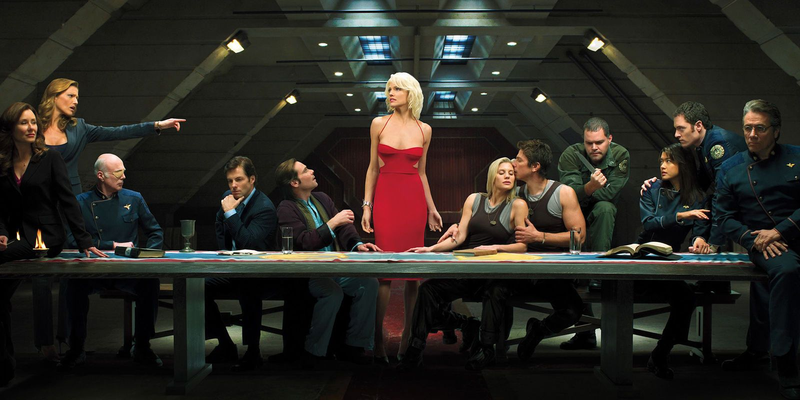 Why Battlestar Galactica 2004 Ended After Four Seasons | CBR